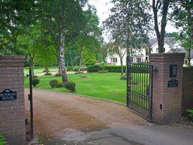 Dunham House - North Wales - 1074402 - thumbnail photo 45