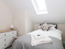 Bramley Cottage - Somerset & Wiltshire - 1074556 - thumbnail photo 23