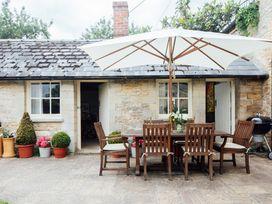 Buttercup Cottage - Cotswolds - 1074608 - thumbnail photo 2