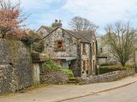 The Church Inn Cottage - Peak District - 1074813 - thumbnail photo 16