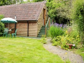 Milford Tree Tops - Shropshire - 1074866 - thumbnail photo 15