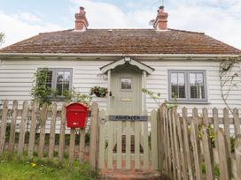 Ashenden - Kent & Sussex - 1074877 - thumbnail photo 1