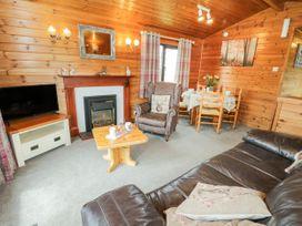 Holly Lodge - Whitby & North Yorkshire - 1075017 - thumbnail photo 4