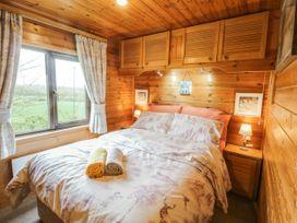 Holly Lodge - Whitby & North Yorkshire - 1075017 - thumbnail photo 12
