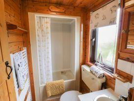 Holly Lodge - Whitby & North Yorkshire - 1075017 - thumbnail photo 14