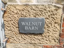 Walnut Barn - Peak District - 1075052 - thumbnail photo 3