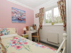 West Bay Holiday Home - Dorset - 1075057 - thumbnail photo 14