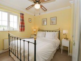 West Bay Holiday Home - Dorset - 1075057 - thumbnail photo 19