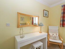 West Bay Holiday Home - Dorset - 1075057 - thumbnail photo 22