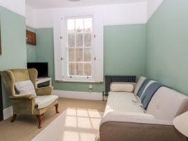 Castle Hill Cottage - Kent & Sussex - 1075159 - thumbnail photo 3