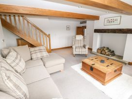 Upper House Cottage - Peak District - 1075179 - thumbnail photo 6