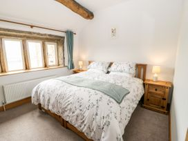 Upper House Cottage - Peak District - 1075179 - thumbnail photo 16