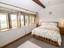 Upper House Cottage - Peak District - 1075179 - thumbnail photo 22