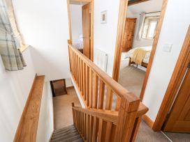 Upper House Cottage - Peak District - 1075179 - thumbnail photo 24