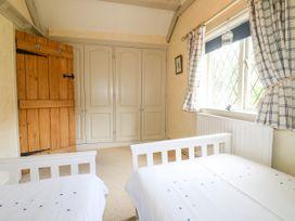 The White Cottage - Peak District - 1075229 - thumbnail photo 20