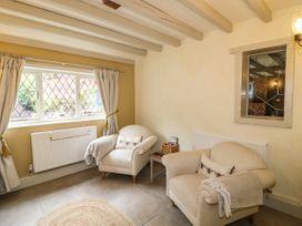 The White Cottage - Peak District - 1075229 - thumbnail photo 11