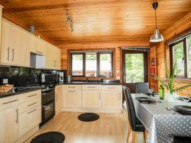 Woodlands Lodge - North Wales - 1075236 - thumbnail photo 8