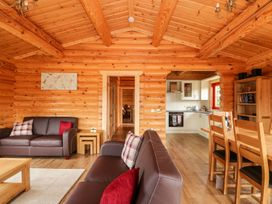 Oak Lodge - Lincolnshire - 1075256 - thumbnail photo 5