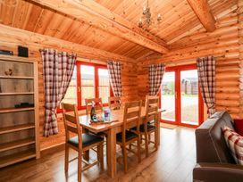 Oak Lodge - Lincolnshire - 1075256 - thumbnail photo 7