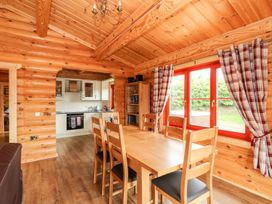Holly Lodge - Lincolnshire - 1075257 - thumbnail photo 6