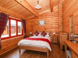 Holly Lodge - Lincolnshire - 1075257 - thumbnail photo 12