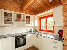 Pine Lodge - Lincolnshire - 1075258 - thumbnail photo 9