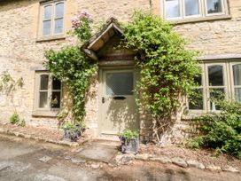 Footstool Cottage - Cotswolds - 1075266 - thumbnail photo 2