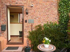 Heribert Cottage - Shropshire - 1075449 - thumbnail photo 16