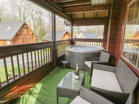 Sun View Lodge - Anglesey - 1075657 - thumbnail photo 3
