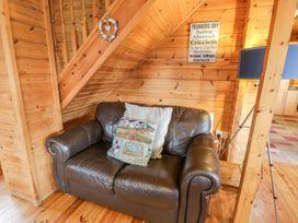Sun View Lodge - Anglesey - 1075657 - thumbnail photo 6