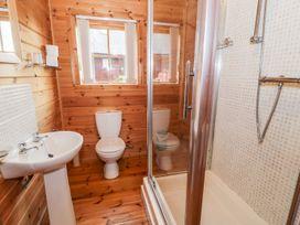 Sun View Lodge - Anglesey - 1075657 - thumbnail photo 12