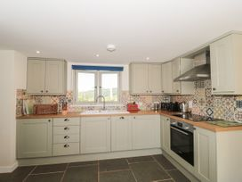 Lilac Cottage - Somerset & Wiltshire - 1075885 - thumbnail photo 7