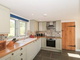 Lilac Cottage - Somerset & Wiltshire - 1075885 - thumbnail photo 8