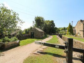 Millie's Cottage - Peak District - 1075914 - thumbnail photo 3