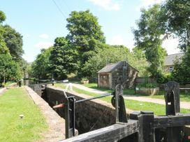 Millie's Cottage - Peak District - 1075914 - thumbnail photo 20