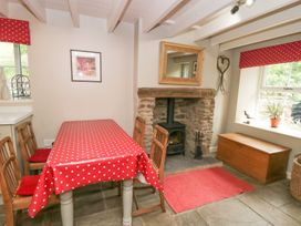 Moss End Cottage - Yorkshire Dales - 1076013 - thumbnail photo 10