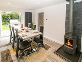 Bwthyn Eirlys (Snowdrop Cottage) - Anglesey - 1076049 - thumbnail photo 7