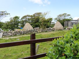 Sunset Cottage Carrick - County Donegal - 1076050 - thumbnail photo 22