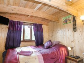 Packhorse Shepherd's Hut - Peak District - 1076139 - thumbnail photo 6