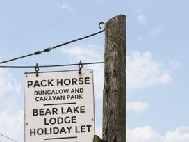 Packhorse Shepherd's Hut - Peak District - 1076139 - thumbnail photo 14