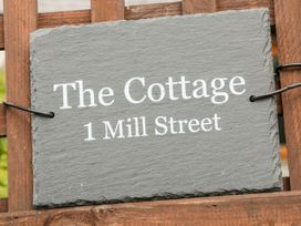 The Cottage - Peak District - 1076215 - thumbnail photo 3