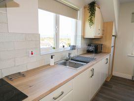 Inish Way Apartment 4 - County Donegal - 1076260 - thumbnail photo 7