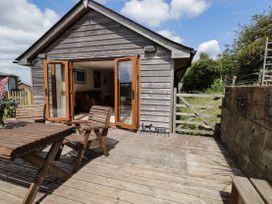 Loose Farm Lodge - Kent & Sussex - 1076275 - thumbnail photo 16