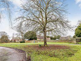 April Cottage - Cotswolds - 1076299 - thumbnail photo 44