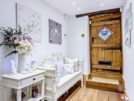 April Cottage - Cotswolds - 1076299 - thumbnail photo 16