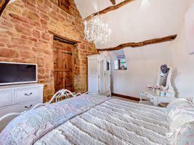 April Cottage - Cotswolds - 1076299 - thumbnail photo 26