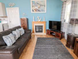 Sea View Lodge - Northumberland - 1076489 - thumbnail photo 22