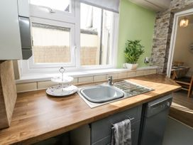 5 Seymour Hill Terrace - North Yorkshire (incl. Whitby) - 1076745 - thumbnail photo 12
