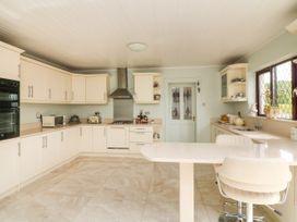 Maura's Home - County Wexford - 1076807 - thumbnail photo 7