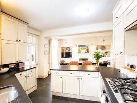 Cadogan House - South Wales - 1076904 - thumbnail photo 5